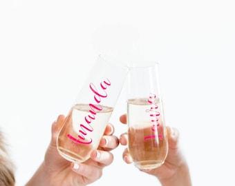 PLASTIC bridesmaid champagne flutes, Plastic Champagne Glass, Bridesmaid Flute, Plastic Bachelorette Champagne Glasses, Champagne Flutes