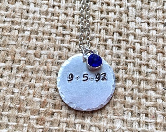 Custom Date Necklace, Date Necklace, Mother's Necklace, Birthdate Necklace, Date Coin Necklace, Custom Day Necklace, Custom Coin Necklace