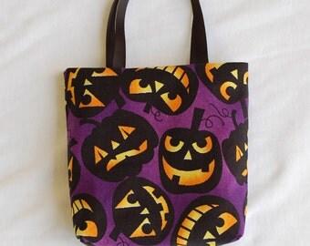 Halloween Fabric Gift Bag/ Party Favor Bag/ Halloween Goody Bag- Jack-o-lanterns on Purple