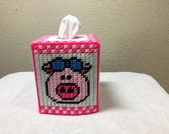 country piggy plastic canvas tissue box holder