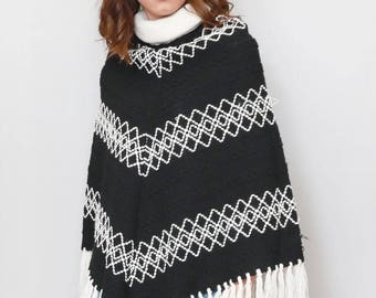 Vintage 1970's Monochrome Knit Tasseled Wool Cape
