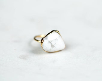 Raw Marble Ring, Yellow Gold White Marble Ring, Raw White Ring, Rough White Ring, White Marble Jewelry, Large Ring, White Marble Accessories