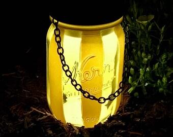 Mason Jar Lantern, Pint size Mason Jar, LED Light, Nightlight, Patio Decor, Gift Idea, Home Decor