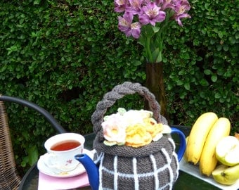 Flower Basket teapot cosy / Knitted teapot cosy / Flower teapot cosy / Handmade teapot cozy / Basket teapot cosy / Kitchen decoration