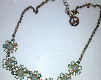 Vintage necklace Trifari Rhinestones and cabochon style.
