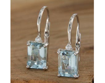 18 kt white gold earrings. Aquamarine and diamonds, Monachella pendants with aquamarine, rectangular earrings made in Italy