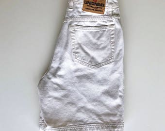 Vintage White High Waist Shorts