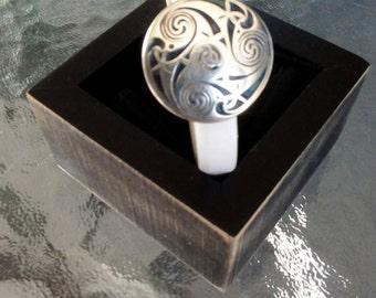 White licorice leather bracelet with Greek focal slider