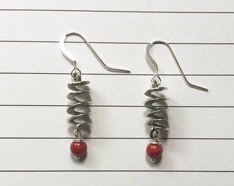 Spiral and red bead dangle earring