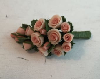 Miniature Rose Bouquet, Pink Roses, Dollhouse Miniature, 1:12 Scale Dollhouse Flowers, Miniature Flowers, Flowers for Dollhouse, Decor