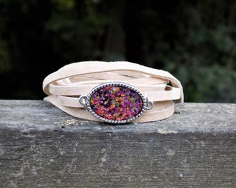 Leather Wrap Bracelet, Real Flowers, Flower Jewelry, Suede, Accessory, Women, Boho, Bohemian style, Fashion Jewelry, Resin, Floral, Hippie