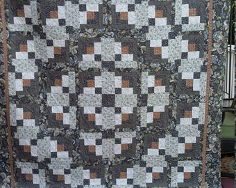 Full Size Log Cabin Quilt, chic gray, creamy white, blue, and gold, Quiltsy Handmade