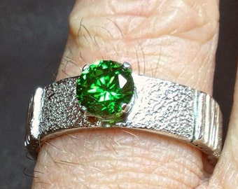 The Green Cubic Zirconia Ring