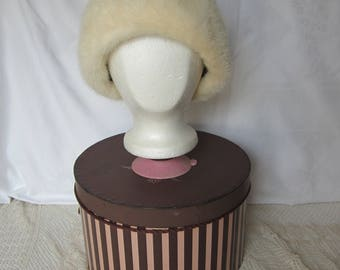 Beautiful Vintage White Mink Fur Hat by Cecile of New York in Hudsons Hat Box