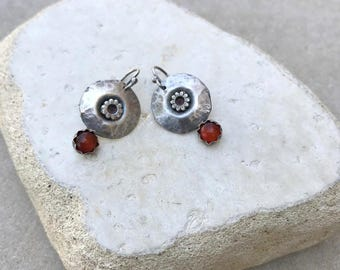 Rustic Carnelian earrings, Red Carnelian stone Earrings, Rustic hammered earrings, handmade Carnelian earrings