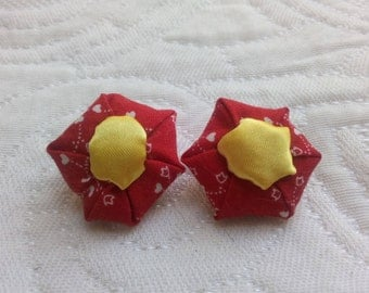 Clip earrings, cotton fabric and satin.