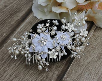 FAST Shipping!!! White Bridal Hair Comb with Fresh Water Pearls, Wedding Hair Comb, Crystal Hair Comb, Swarovski Hair Comb, Hair Comb