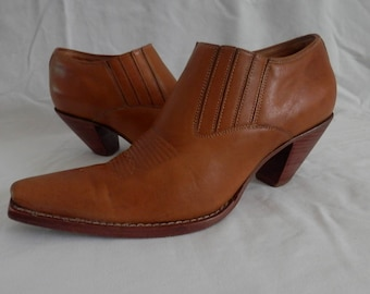 Lucchese Charlie 1 Horse Artisan Handcrafted Brown Leather Ankle Booties Women's Sz 9B