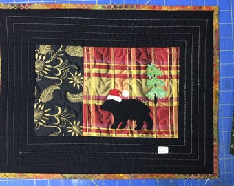 Christmas black bear with Santa hat quilt wall hanging art decor silk black and gold #250
