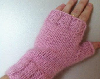 Knitted mittens made of wool and mohair