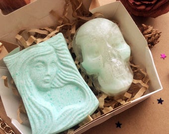 Skull soap set, skull soap, girl bath bomb, mint bath bomb, mint soap, green skull soap, gift soap set, halloween party gift, gothic soap