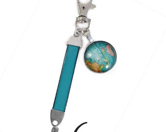 """Key turquoise """"Around the world"""". Leather and metal"""