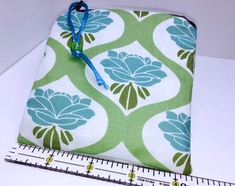 Reusable Feminine Products, Zipper Wet Bag, Waterproof Pouch, Reusable Bag, Quick Dry Design, Pacifier Pouch, PUL Lining