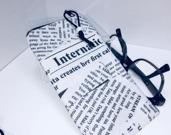 Newspaper Eyeglass Case, Glasses Case, Fabric Eyeglasses Pouch, Zip Top Eyeglass Case, Sunglass Case