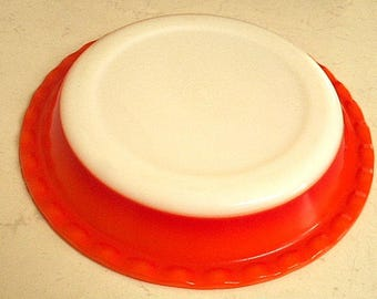 Agee Crown Pyrex Pie DIsh  -  Vintage 70's Australia Ambre Orange & Red