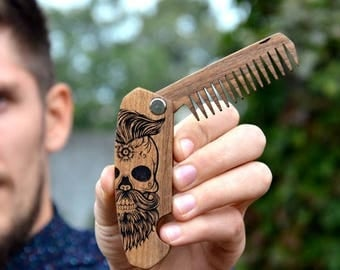 ON SALE Gift for Boyfriend Friend Sugar Skull Beard Hair Comb Engraved Beard Brush Men Grooming kit Stag Party Bachelor Gift for Guy Brother
