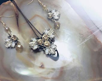 Floral brass and gems golden white necklace jewelry with earrings