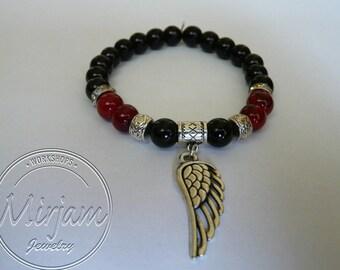 Angel wing bead bracelet