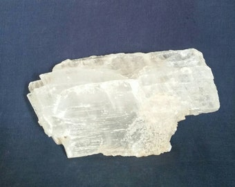 Healing Crystal / Selenite / Housewarming Gift /  New Age Crystals / Metaphysical Stone / Home Décor / Natural Meditation Gemstone / SALE