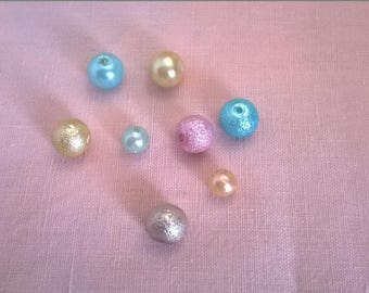 Set of 8 beads assorted Rainbow colors pastels Pearlescent appearance - round 0.8 and 0.6 cm
