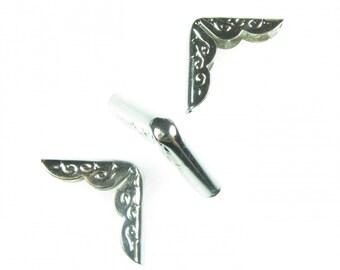 2 x corners silver engraving