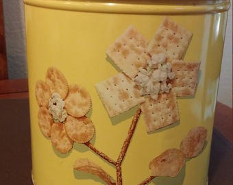 Blue Magic Krispy Kan Snack Storage Container