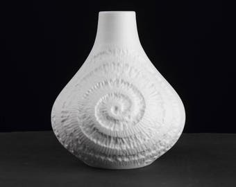 White Op Art Bisque Vase by Royal KPM, Mid Century German vintage porcelain from the 70s