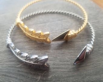 Stainless Steel and Alloy Arrow Bangle