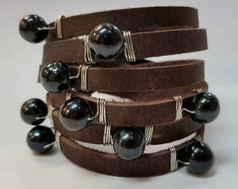 Leather wrap 10mm black freshwater pearls bracelet.