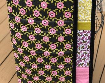 Floral Baby Quilt, Toddler quilt, Modeen Quilt