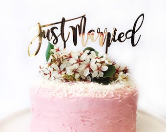 Just Married Gold Mirror Acrylic Cake Topper - Wedding - Plastic - Reusable