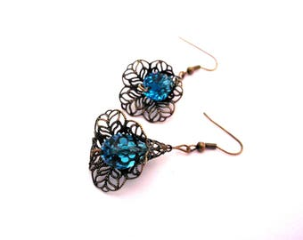 Earrings retro bronze filigree large Cup, blue beads