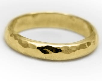 4mm D Profile 18ct Gold 'Glenshee' Wedding Ring