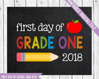 First day of Grade One Sign, First day of school sign printable, School Printable Sign, First day of grade one, First Grade, Back to School