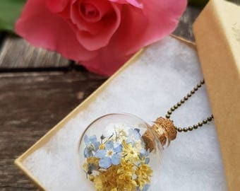 Myosotis and elder flower necklace, forgetmenots, forgetmenot necklace