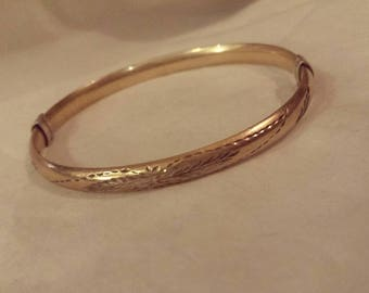 Vintage Beautiful 10k gold filled and sterling silver etched detail bangle