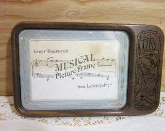 Vintage Lasercraft Laser Engaved Musical Picture Frame * Vintage Musical Photo Frame