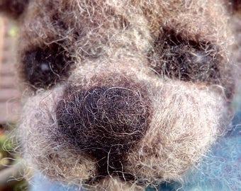 Needle felted bear * bear * Teddy bear * brown bear * handmade gift * gift for bear lover * bear ornament * bear sculpture * bear gift