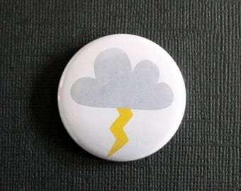 Cloud and storm weather Flash - flat Badge or PIN or magnet