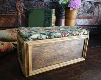 Old box for jewelry, wood and cover by textile embroidered with rivet